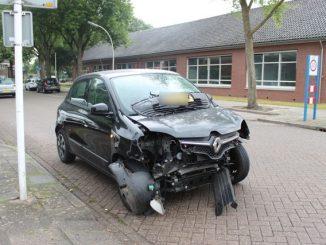 Forse schade bij aanrijding in Kampen