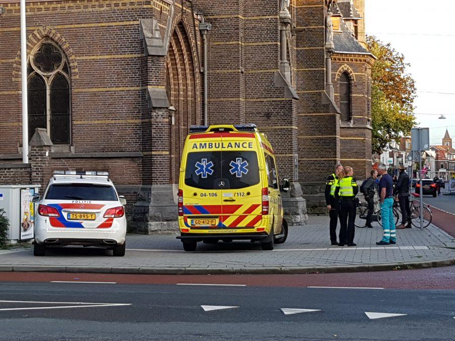 Vrouw gewond bij verkeersconflict in Zwolle .